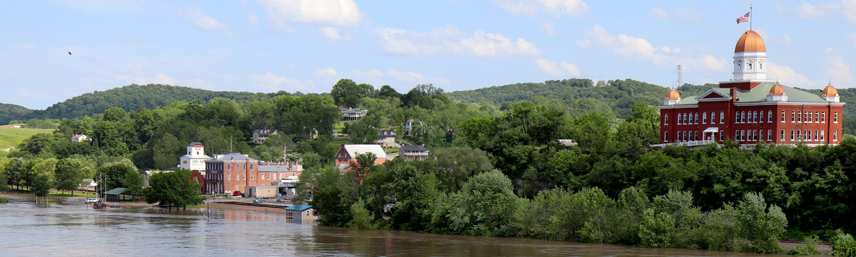 View of Hermannfrom the riverfront