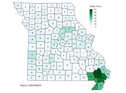 Missouri map and chart showing number of irrigated farms by county